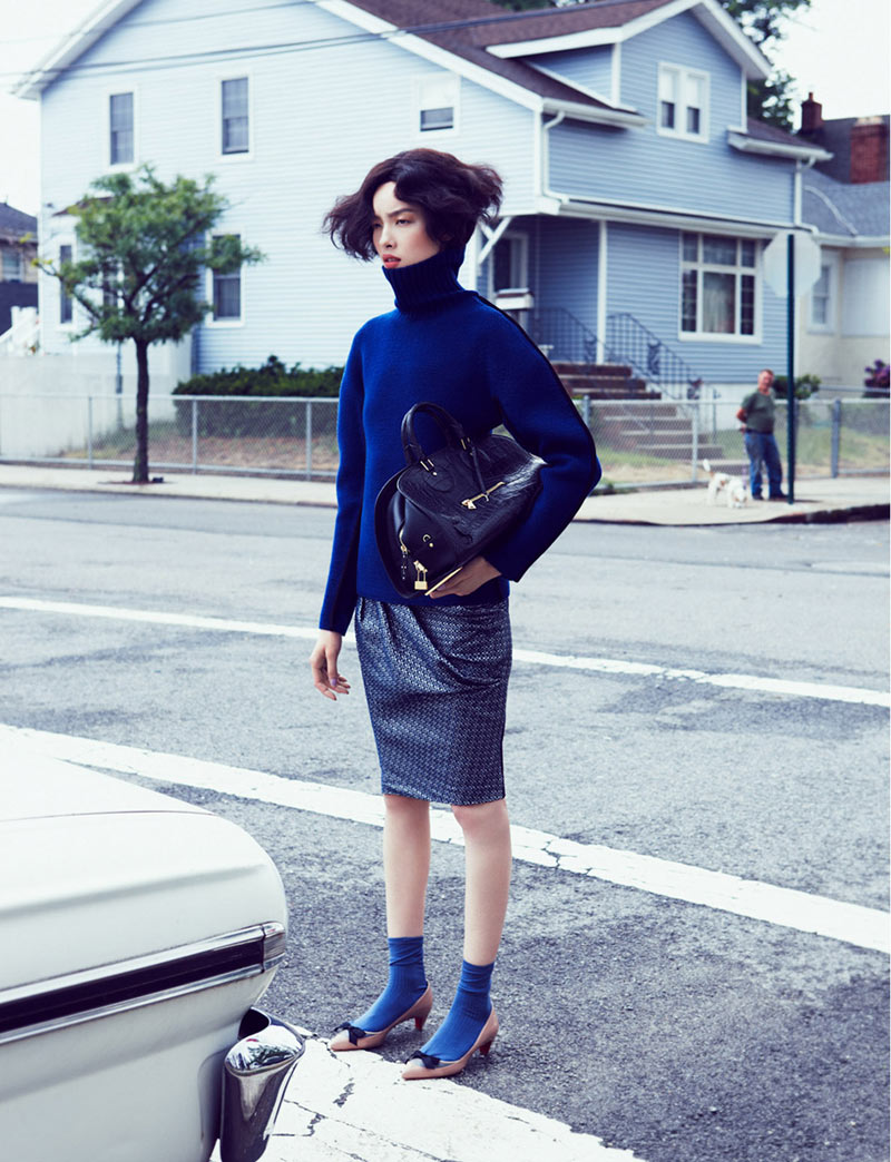 fei fei sun3 Fei Fei Sun Dons Knitwear Styles for Vogue China September 2012 by Lachlan Bailey