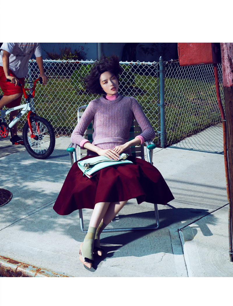 fei fei sun6 Fei Fei Sun Dons Knitwear Styles for Vogue China September 2012 by Lachlan Bailey