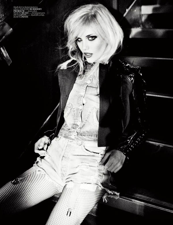 ashley smith Ashley Smith by Ellen von Unwerth for <em>Vogue Turkey</em>