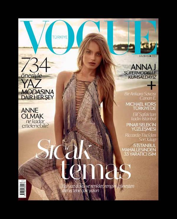 <em>Vogue Turkey</em> June 2011 Cover | Anna Jagodzinska by Mariano Vivanco