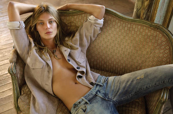 daria werbowy Daria Werbowy for <em>FASHION</em> May 2011 by Alex Cayley